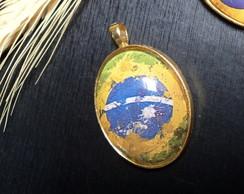 Pingente Oval Bandeira Brasil Folheado