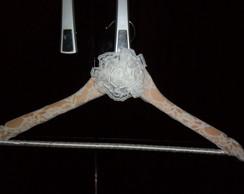 Cabide de Noiva Rendado