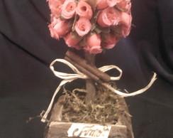 �rvore de mini rosa claro