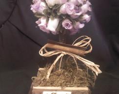 �rvore de mini rosa lilas