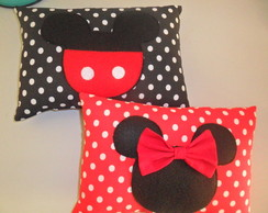 Almofada Minnie e Mickey(30x25cm)