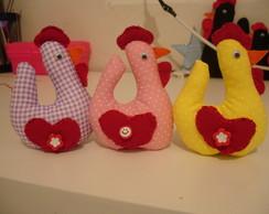 M�bile de galinhas em tecido