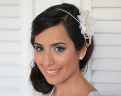 Tiara Colar Off-White Flor P�rolas