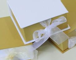 Caixinha Especial - dourado e branco