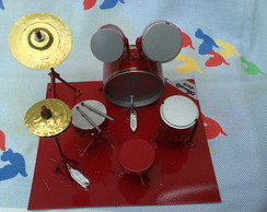 Bateria musical decorativa