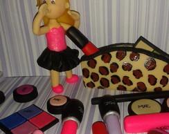 Topo de bolo boneca com maquiagens