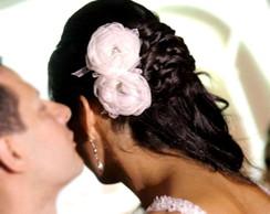 Flores para noivas com strass e p�rolas