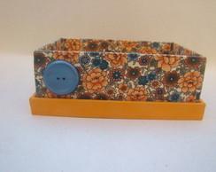 Caixa aberta floral laranja