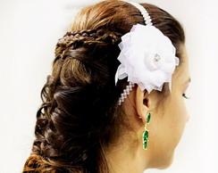 Tiara de p�rolas para noivas com flor