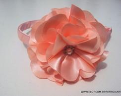 Tiara de cetim flor cam�lia 8 CM