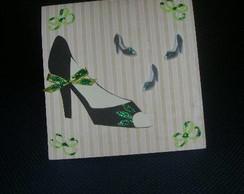 Cart�o sapato alto com la�os e glitter