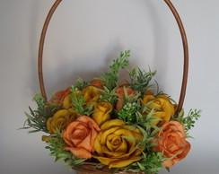 Cesta de Flores com Rosas em Eva