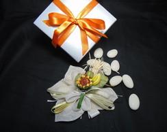 Porta Am�ndoa Flor Creme com Girassol
