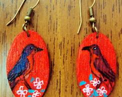brincos de madeira ( passarinhos)