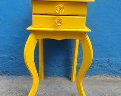 Criado Pequeno duas gavetas amarelo