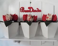 Floreira Branca - Tulipas Vermelhas