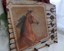 Quadro Porta-Colar Cavalo Marrom