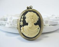 Colar Relic�rio c/ camafeu deusa grega-p