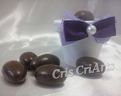 Vasinho com am�ndoas de chocolate