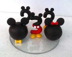 topo de bolo com vela Mickey e Minie