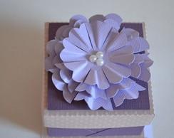 Caixa com flor (bem-casado/p�o-de-mel)
