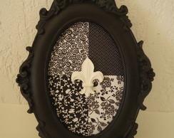 Moldura Oval com Flor de Lis