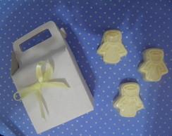 3 sabonetes de anjinho na caixinha