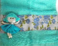Toalhinha de M�o Azul com Aplique boneca