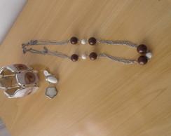 conjunto bijoux marrom e branco