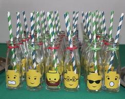 Garrafinhas para suco Lego