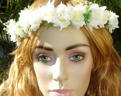 coroa de flores com v�u
