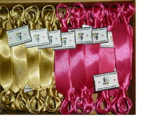 50 Gravatinhas de Cetim Com �m� E Cart�o