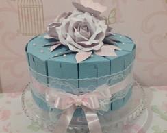 Bolo de caixas azul com rosa