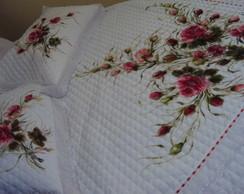 Colcha de Matelass� c/ rosas VERMELHAS