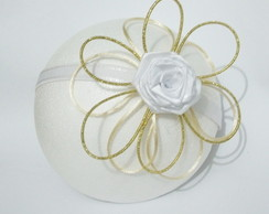 Fascinator Finess� dourado e nude
