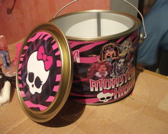 Lata Meio Gal�o Monster High
