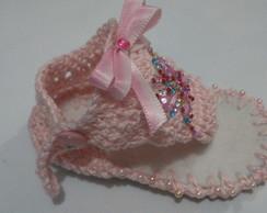 Sandalinha de crochet com STRASS