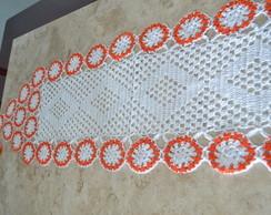 Caminho de mesa branco e laranja