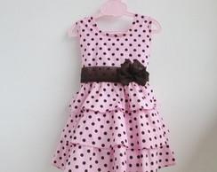 vestido rosa com marrom