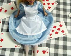 Alice no Pa�s das Maravilhas, Vestido