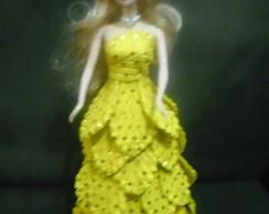 Boneca com vestido em e.v.a.