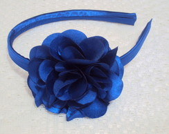 Tiara cetim flor cam�lia 8 cm