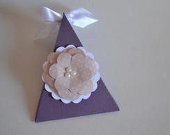 Mini cone scrap com flor