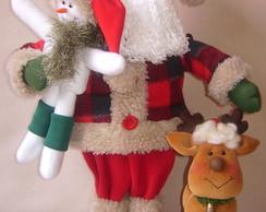 Papai Noel com Boneco de Neve e Rena
