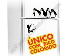 adesivo pinguins caindo geladeira