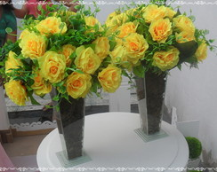 2 Cachepo de vidro com rosas amarelas
