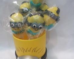 Cake pop dos minions