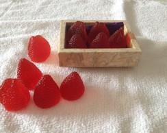 Mini caixote com morangos