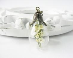 Colar Gota de Vidro e Flor