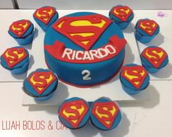 Bolo e Cupcake Super Man /Super Homem